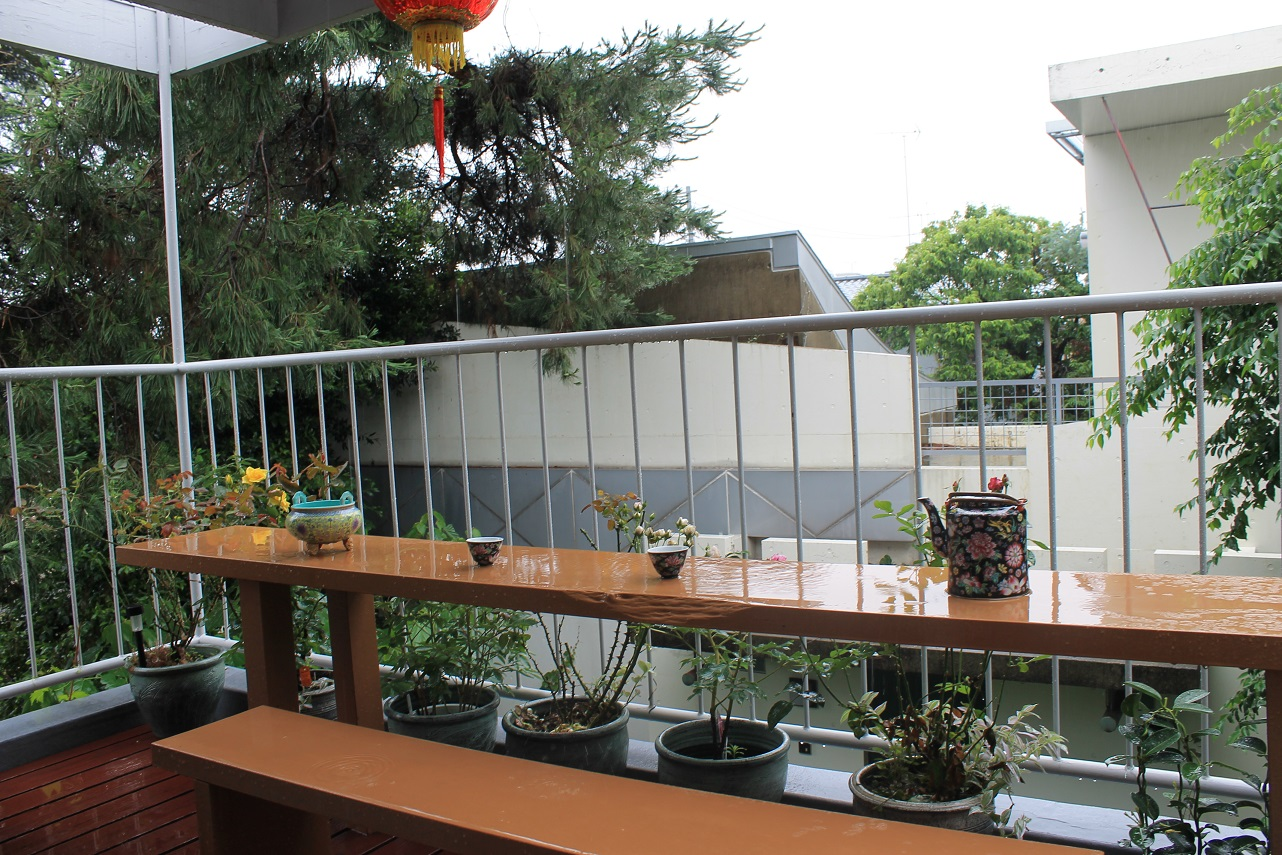 蘭香茶館の梅雨風情_f0070743_1022612.jpg