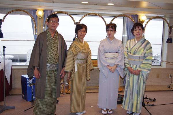 船のパーティ その③_f0140343_141206.jpg