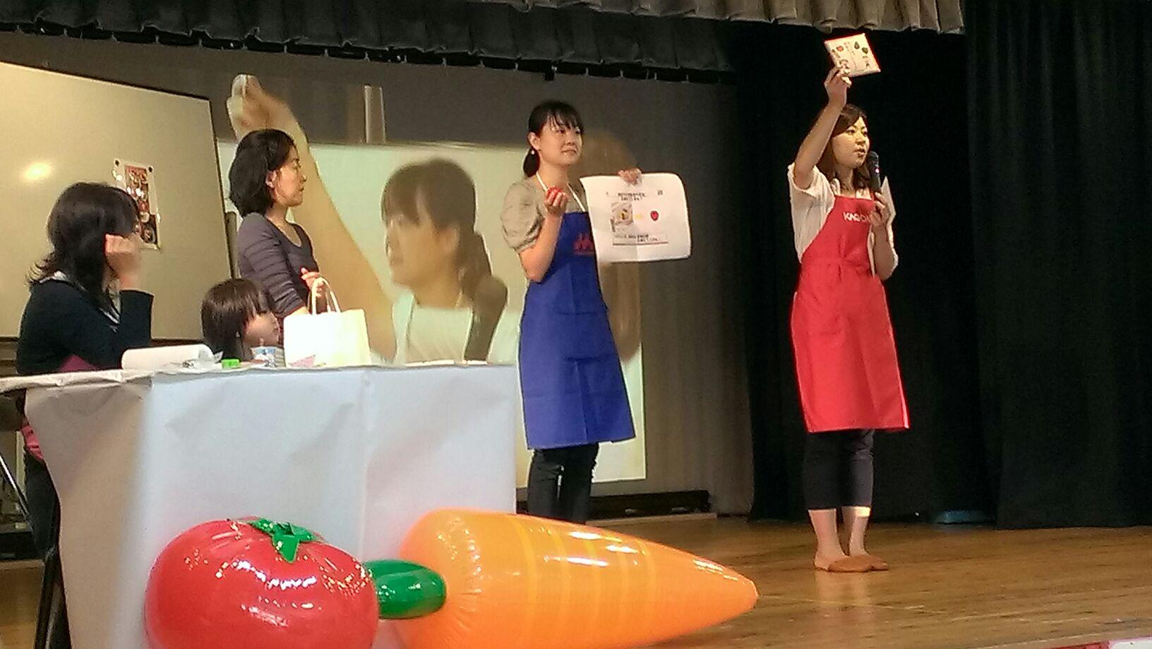 幼稚園で親子料理教室でした。_b0171098_9235448.jpg