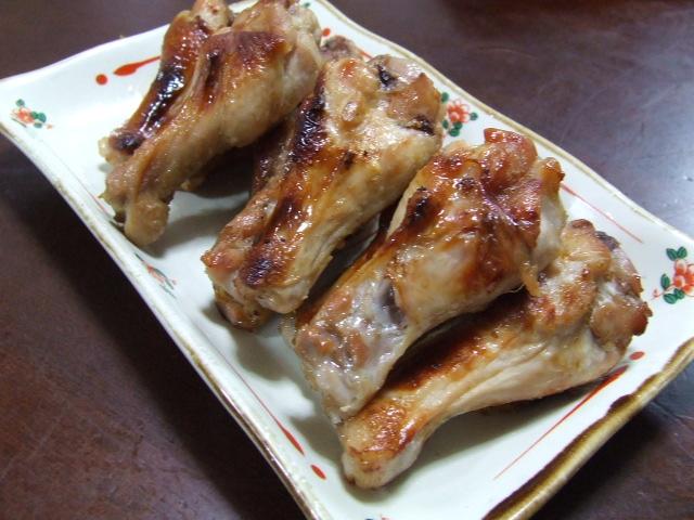 鶏手羽元の柚子こしょうポン酢焼き_f0019498_1803076.jpg