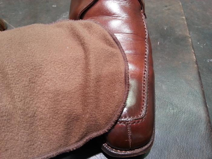 革靴、水洗い後の基本のケア~M.モゥブレイ・クリームで仕上げます~_b0226322_13121537.jpg
