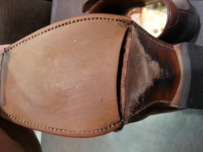革靴、水洗い後の基本のケア~M.モゥブレイ・クリームで仕上げます~_b0226322_13121960.jpg