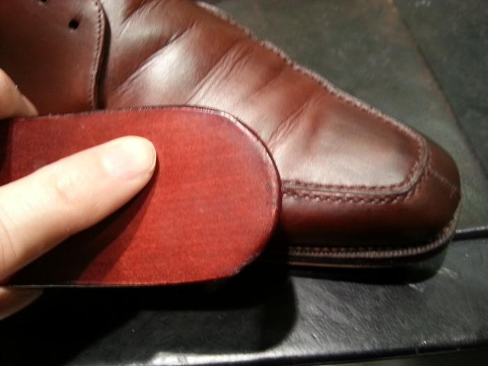 革靴、水洗い後の基本のケア~M.モゥブレイ・クリームで仕上げます~_b0226322_13122261.jpg