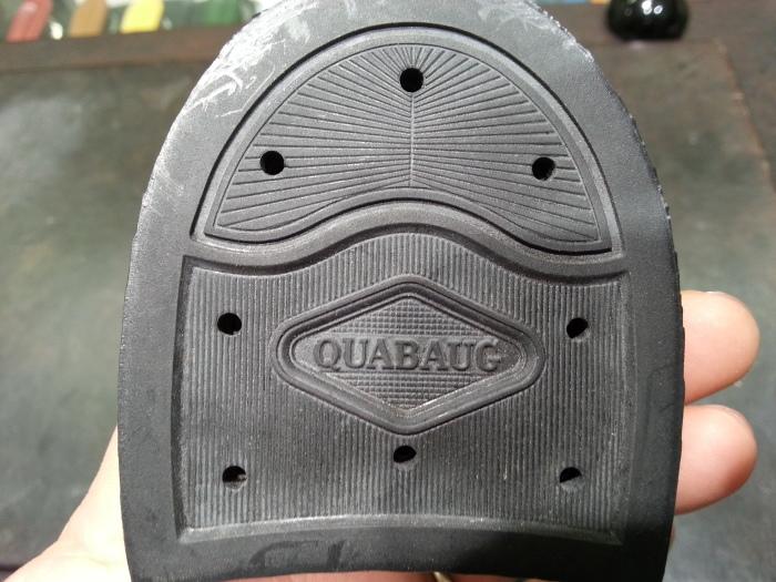 革靴、水洗い後の基本のケア~M.モゥブレイ・クリームで仕上げます~_b0226322_13334336.jpg