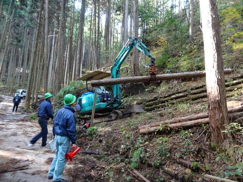 木材切り競争、張り切りすぎました。 山本忠さん、太田善博さん_c0103137_13421100.jpg
