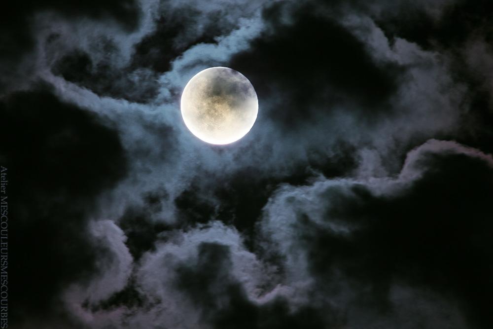 雲があってよかったなと思って。_e0194450_2340557.jpg