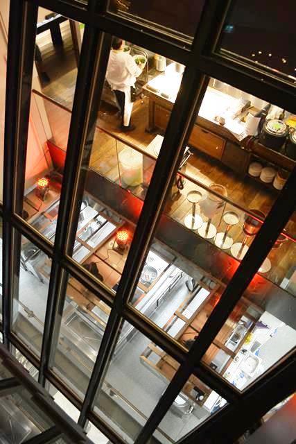 スイス・チューリッヒ ヨーロッパ最古のベジタリアンレストラン「ヒルトル」がステキ!_b0053082_1432669.jpg