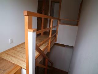 階段横の吹き抜け改造 (1)_f0059988_1852672.jpg
