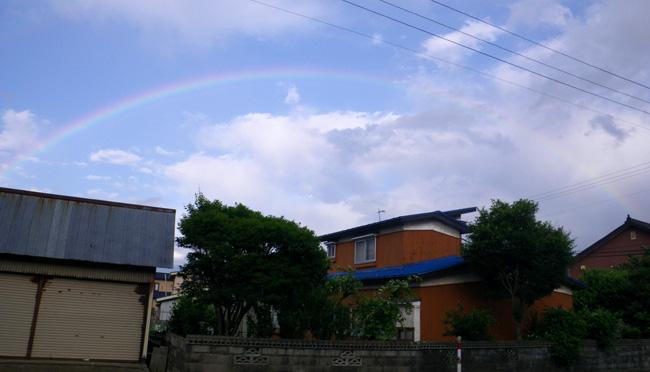 青空をバックに虹が出た~♪_a0136293_18183447.jpg