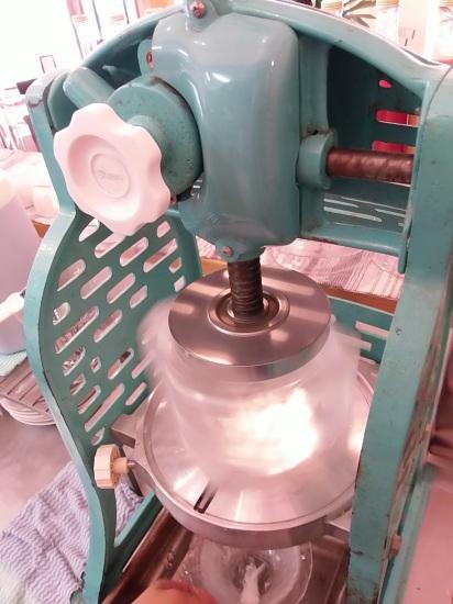 有機栽培の「抹茶」と 自家製「生キャラメルみるく」の「天然かき氷」で。_a0125419_21305097.jpg