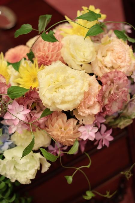 初夏の装花 目黒雅叙園様へ _a0042928_2214850.jpg