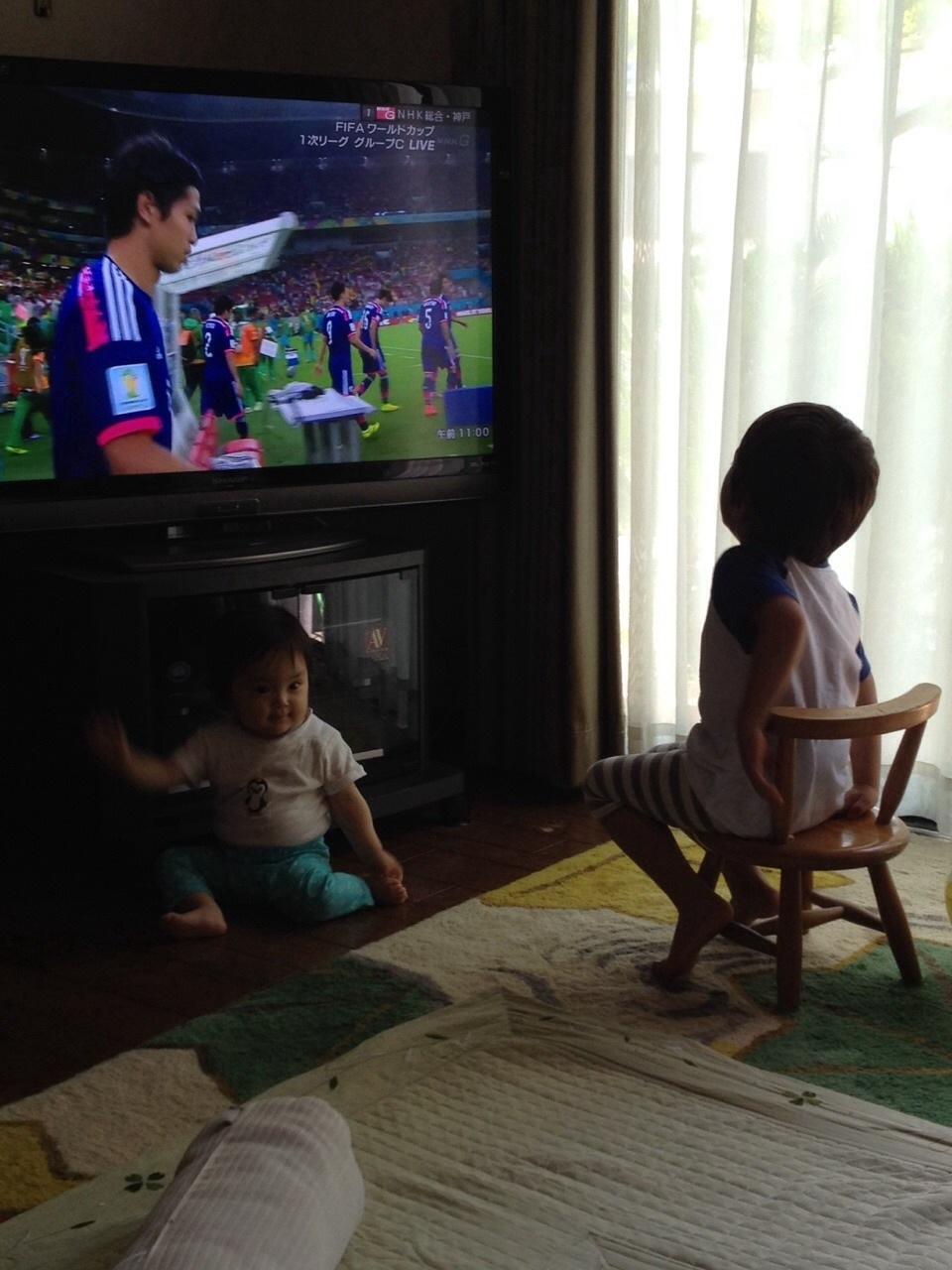 2014ブラジルW杯 初戦・・・_d0143138_14384317.jpg