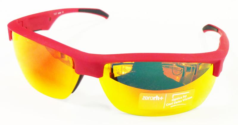 1本で2つのスタイルを楽しめる度付き対応・新スポーツアイウェアZerorh+ NAUTA(ナウタ)発売開始!_c0003493_129483.jpg