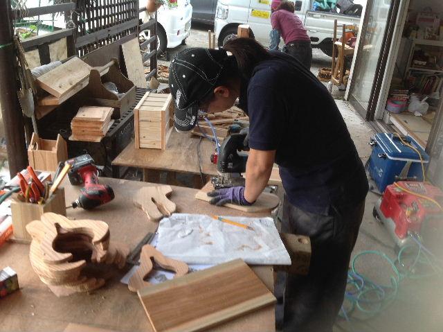木工女子部  作品作り_f0031037_20305767.jpg