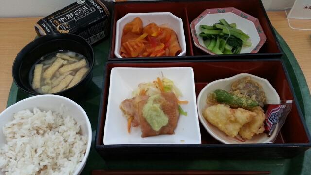 今日の昼食@会社Vol.544_b0042308_12475875.jpg