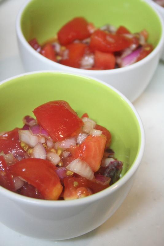 トマトと玉ねぎのはちみつ醤油マリネ_f0141419_09235742.jpg