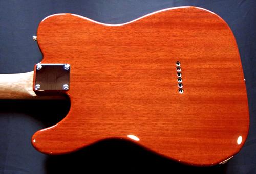 高橋くんオーダーの「Moderncaster T #025」が完成〜!_e0053731_19102075.jpg