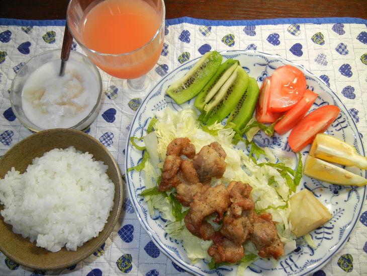'14,6,18(水)愛ちゃんが今日も朝ごはんを食べません!_f0060461_7571360.jpg