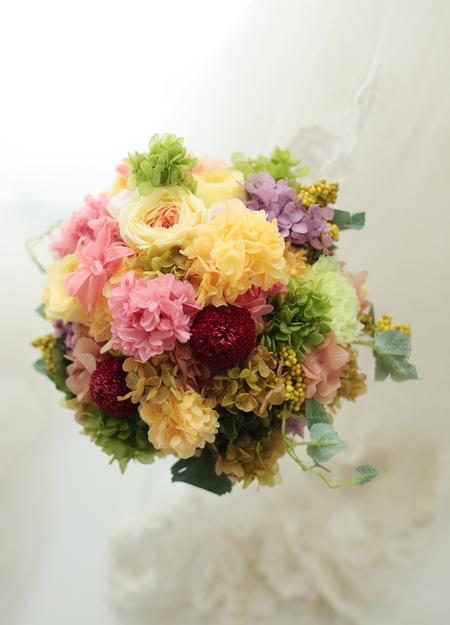 夏のミックスカラーのブーケ プリザーブド 青山サロン様へ_a0042928_22292294.jpg