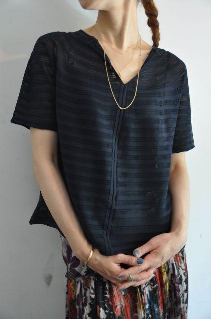 女性らしくプリーツスカート  DRIES VAN NOTEN.   _b0110586_19445768.jpg
