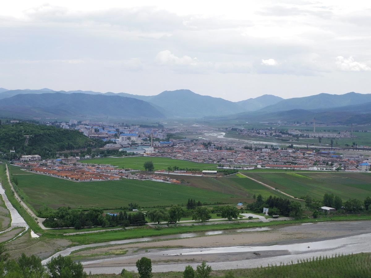 Day2: 北朝鮮国境訪問_d0026830_15101946.jpg