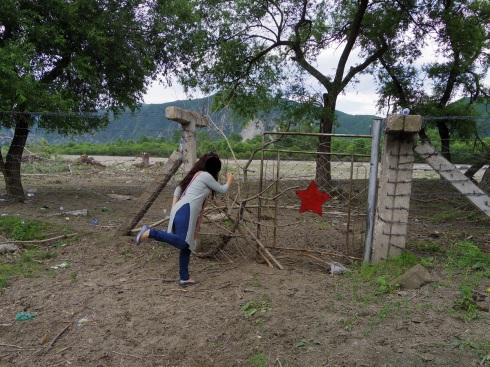 Day2: 北朝鮮国境訪問_d0026830_15180288.jpg