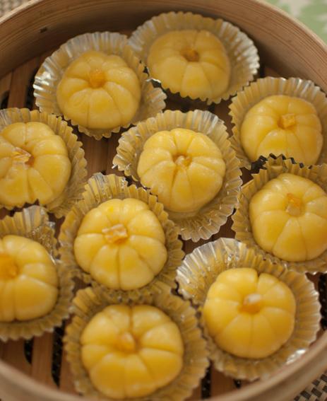 かぼちゃ饅頭_a0175348_9172951.jpg