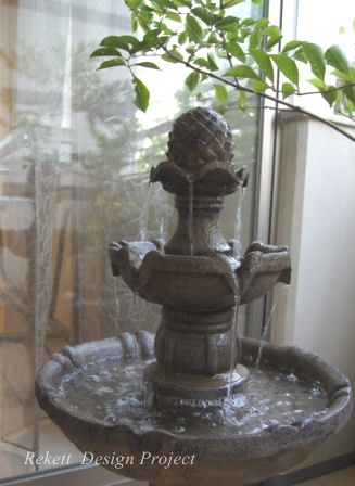 噴水がある素敵なパティオ風テラスご紹介~_f0029571_17583536.jpg