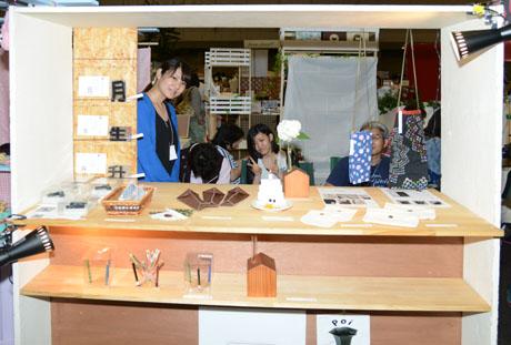 名古屋総合デザイン専門学校在校生がクリエーターズマーケット30に出店してます._b0110019_68042.jpg