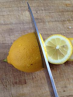 はちみつレモンを作ってみました_c0053520_1561945.jpg