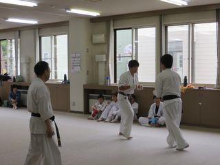 昇段審査会 10人組手!_c0118332_16503257.jpg