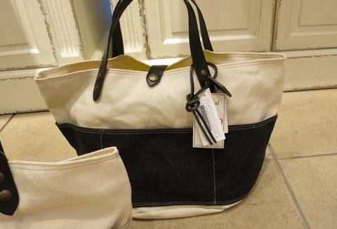 TANPICO から、リネンキャンバストートバッグです。_c0227633_11145672.jpg