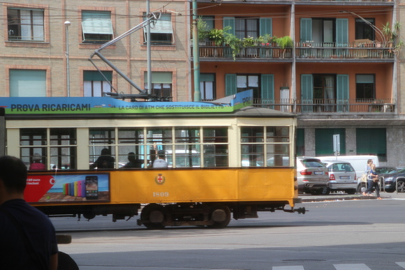 SKY140624 観光に回るには、地下鉄一日乗車券を4.5ユーロにて購入_d0288367_1536819.jpg