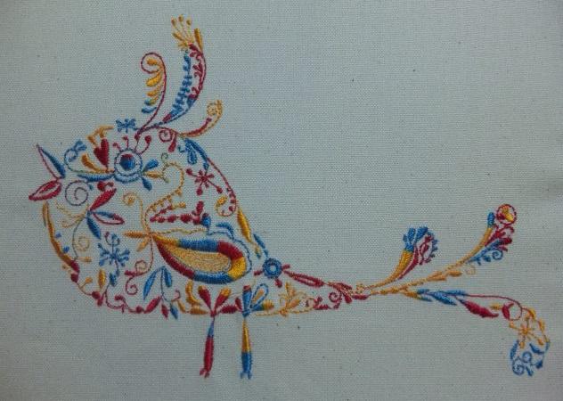 カラフル鳥の試縫い刺繍をしました♪_c0316026_19381834.jpg