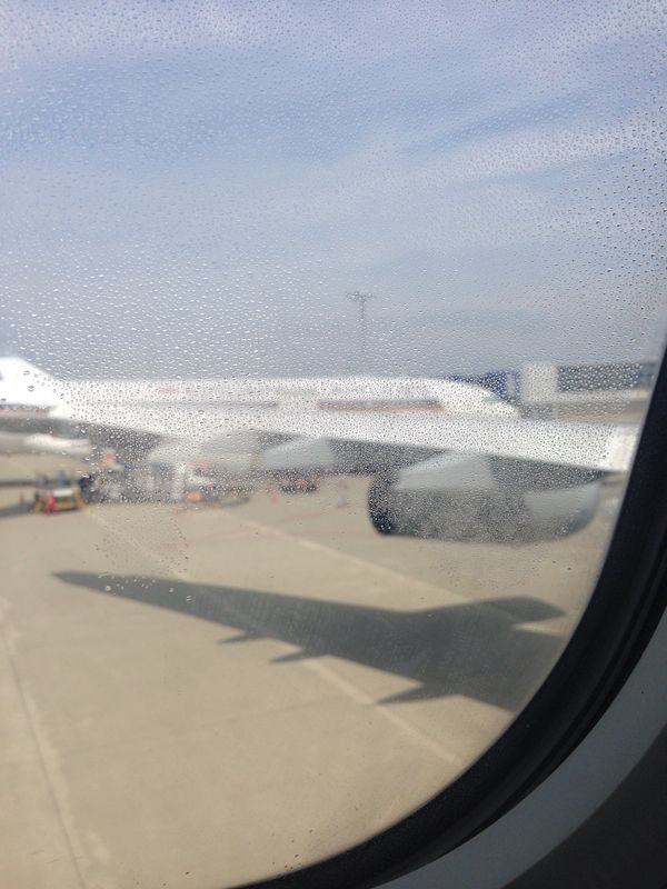 Aeropuerto:空港:_d0074074_1104398.jpg
