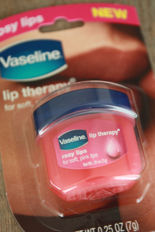 Vaseline Lip therapy_a0128290_16532025.jpg