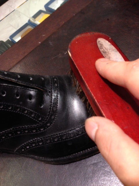 黒靴に青のクリーム(実験)_b0226322_18071166.jpg