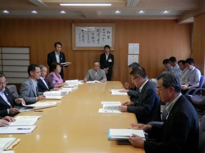 自治体の官公庁への要望活動_b0084826_21104467.jpg