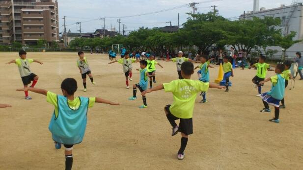 小学生でも体幹トレーニング!_e0326688_15552320.jpg