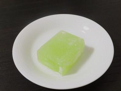 秋田銘菓 勝月「りんご餅」!_a0161408_2314271.jpg