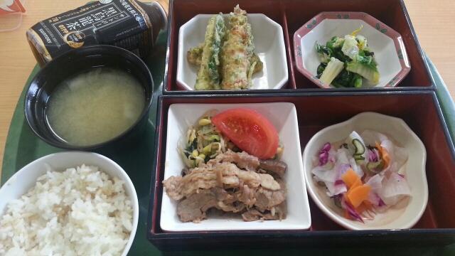 今日の昼食@会社Vol.547_b0042308_1240877.jpg