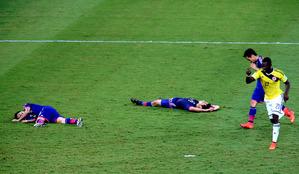 私の2014年ブラジルW杯観戦記5:「サッカーは足でやるもの、口先でやるものではない!」_e0171614_9535936.jpg