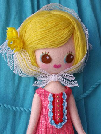 フェルトのお人形も販売したい♪_e0147421_0142530.jpg