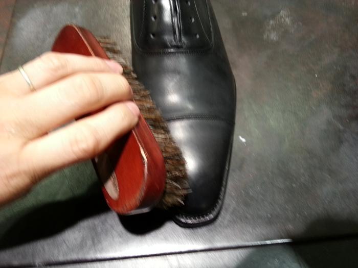 革靴、基本のお手入れ。_b0226322_13532700.jpg