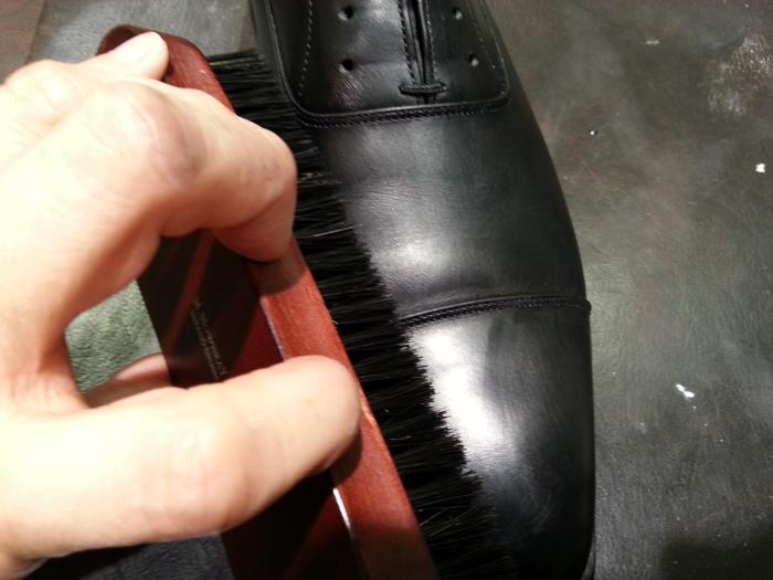 革靴、基本のお手入れ。_b0226322_14333252.jpg