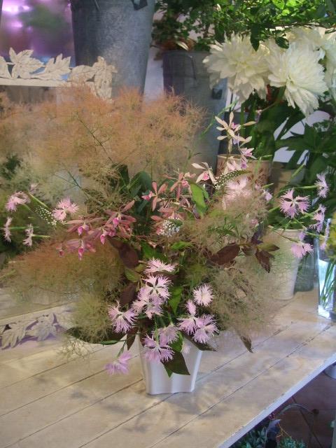 オークリーフ花の教室(甘艸さんと大草さんの作品)_f0049672_1551963.jpg
