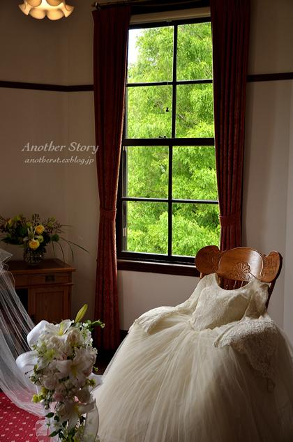 窓のある情景     vol.36          「花と器」・・・2_a0238574_6405953.jpg