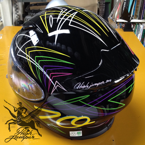 ヘルメットのピンストライプ_c0223486_20131741.jpg