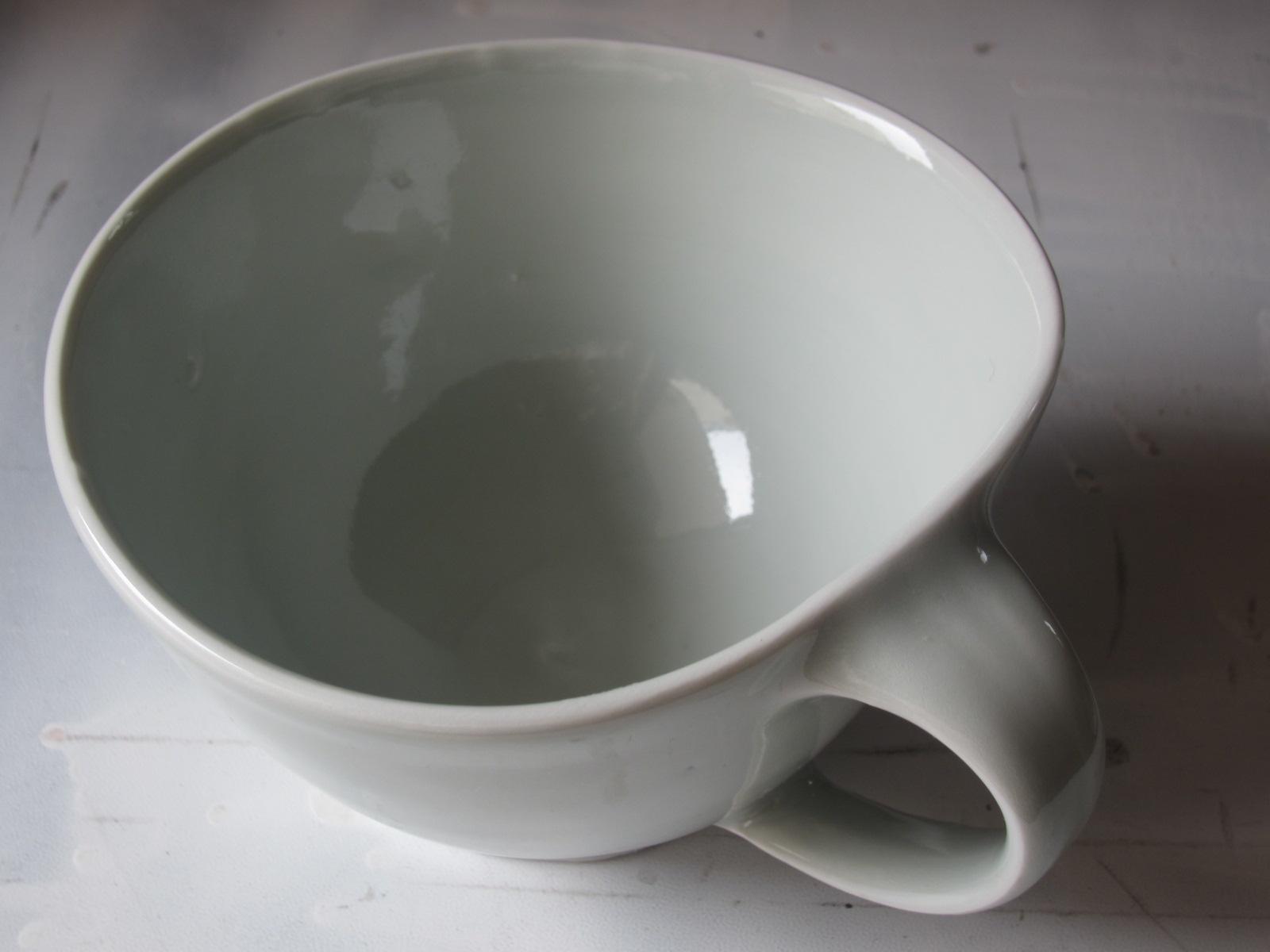 白いマグカップ~中本純也さん。_b0207631_9123338.jpg