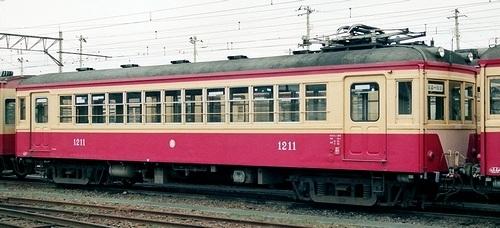 福島交通飯坂線 モハ1210・1211_e0030537_23114771.jpg